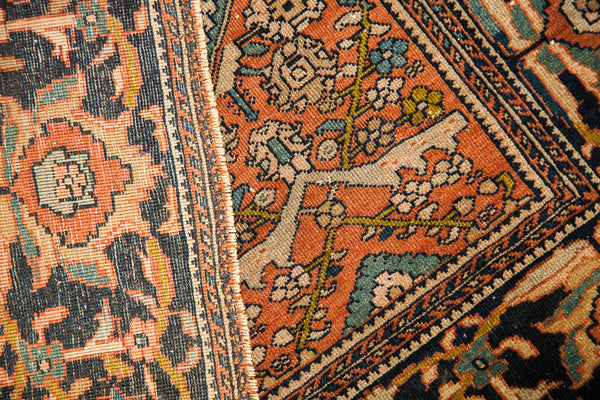 Finely Knotted Antique Persian Rug / Item 1294 image 12