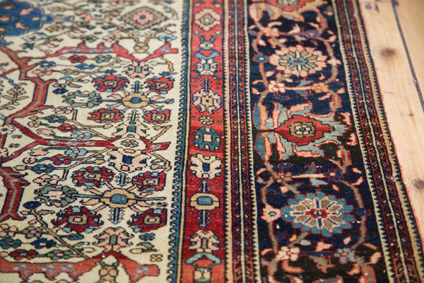 Finely Knotted Antique Persian Rug / Item 1294 image 3