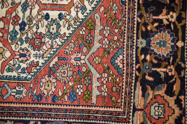 Finely Knotted Antique Persian Rug / Item 1294 image 5