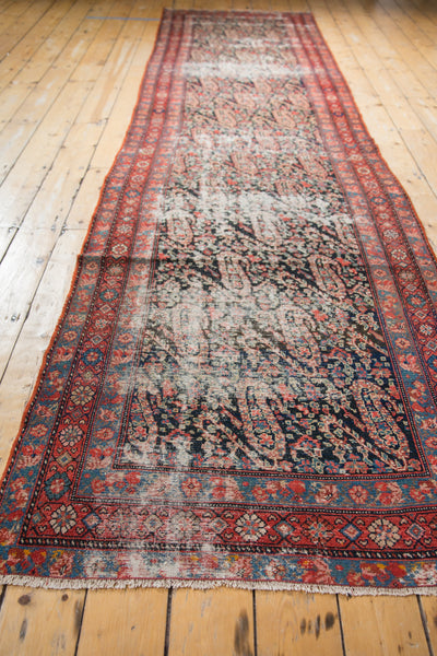 Distressed Antique Paisley Malayer Rug Runner / Item 2667 image 17