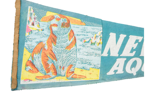 Vintage New York Aquarium Felt Flag Banner