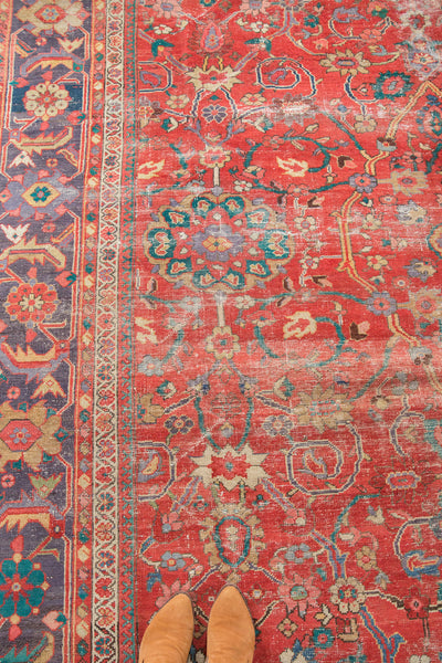 Antique Sultanabad Carpet / Item 3214 image 18