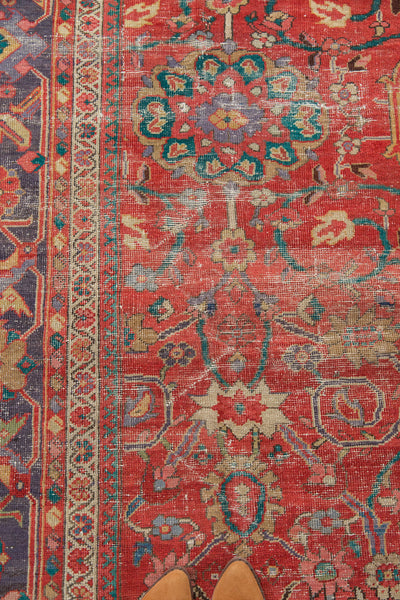Antique Sultanabad Carpet / Item 3214 image 19