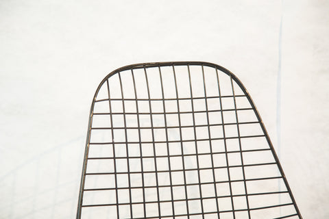 Early Eames Wire Chair - Old New House