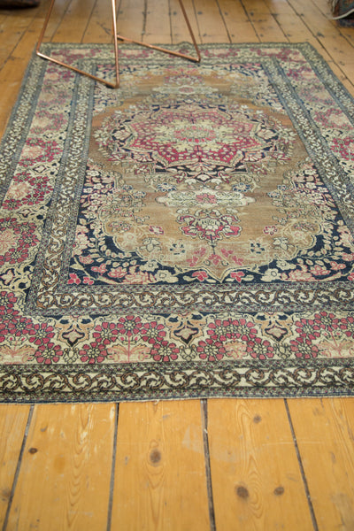 Antique Isfahan Rug / Item 3613 image 6