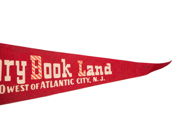 Story Book Land Atlantic City NJ Felt Flag - Old New House