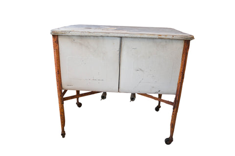 Vintage Farmhouse Double Sink / Wash Tub // ONH Item 3914