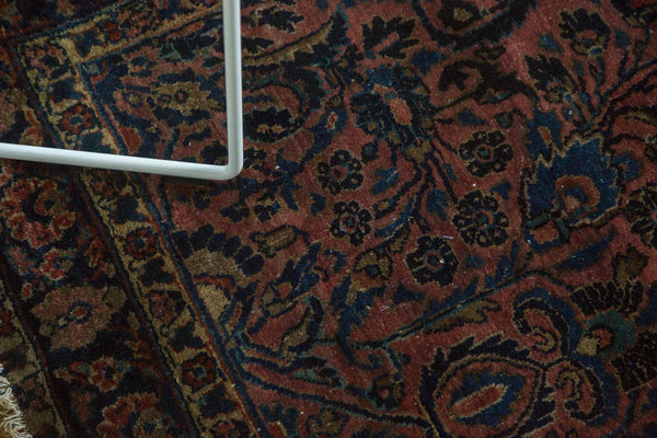 Antique American Sarouk Rug / Item 4126 image 7