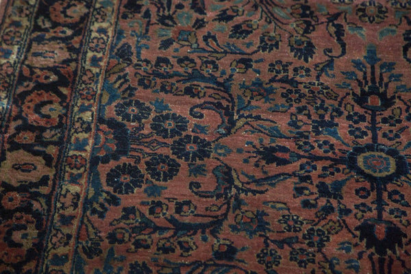 Antique American Sarouk Rug / Item 4126 image 9