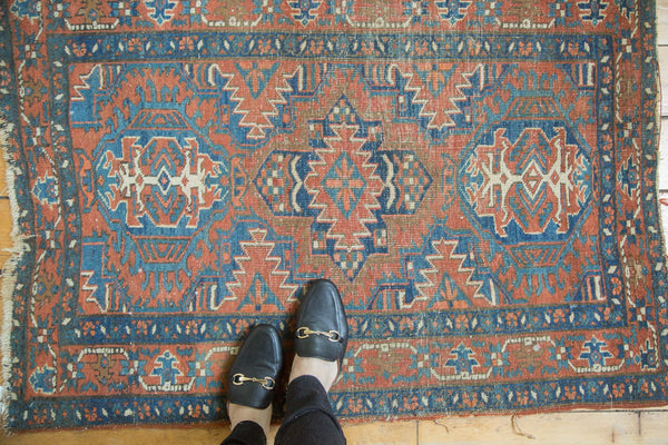 Antique Fine Heriz Rug / Item 4138 image 2