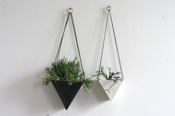Porcelain Triangle Black Planter