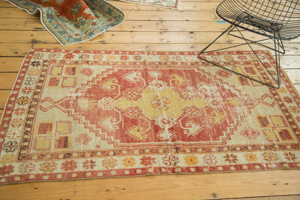 Vintage Distressed Oushak Rug / Item 4726 image 5