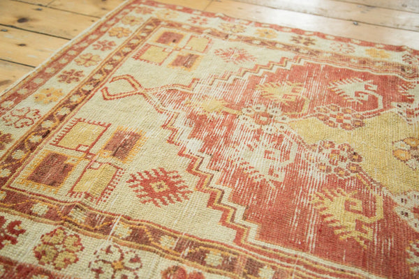 Vintage Distressed Oushak Rug / Item 4726 image 11