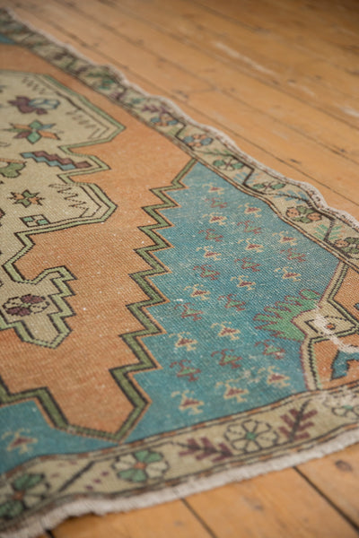 Vintage Distressed Oushak Rug Runner / Item 4851 image 5