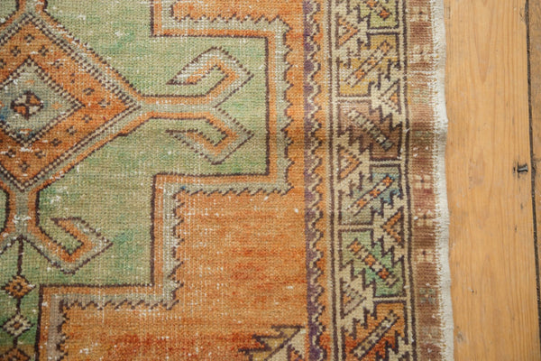Vintage Distressed Oushak Rug / Item 4917 image 5