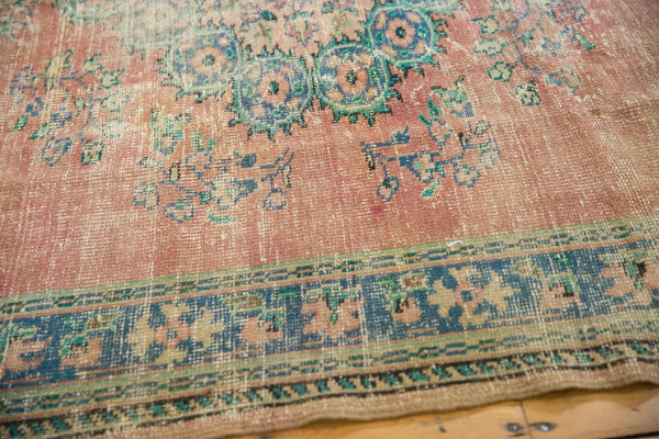 Vintage Distressed Oushak Carpet / Item 5508 image 7