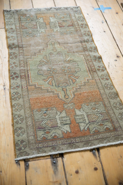 Vintage Distressed Oushak Rug Mat Runner / Item 6111 image 3