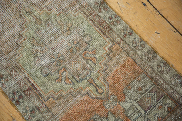 Vintage Distressed Oushak Rug Mat Runner / Item 6111 image 4