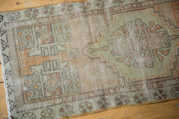 Vintage Distressed Oushak Rug Mat Runner / Item 6111 image 5