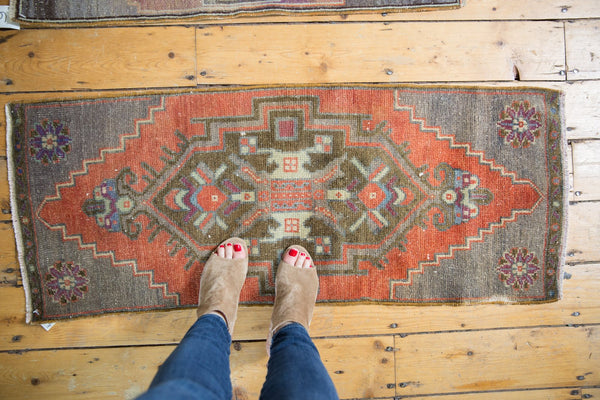 Vintage Distressed Oushak Rug Mat Runner / Item 6126 image 2