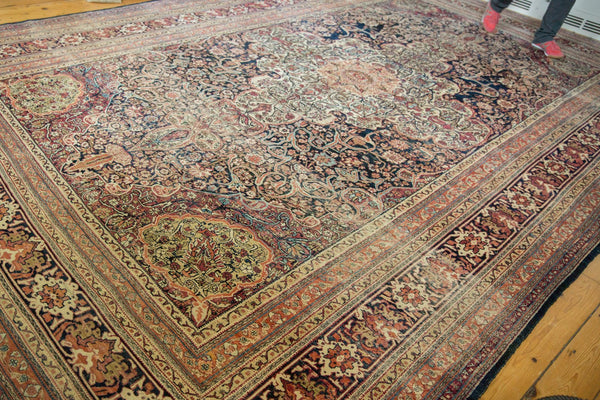Antique Kermanshah Carpet / Item 6533 image 3