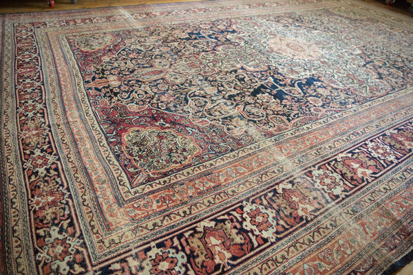 Antique Kermanshah Carpet / Item 6533 image 14