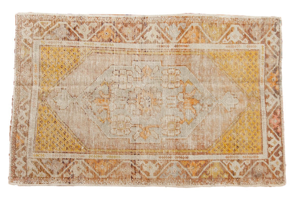 Vintage Distressed Oushak Rug / ONH item 6565