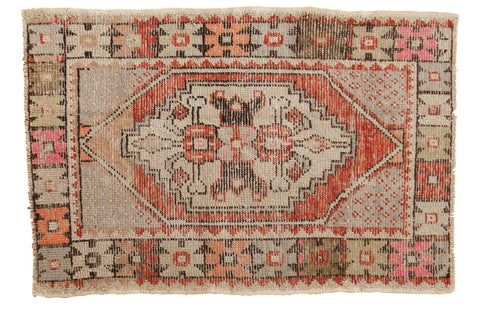 Vintage Distressed Oushak Rug / ONH item 6569