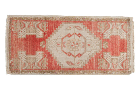 Vintage Distressed Oushak Rug Mat Runner / ONH item 6895