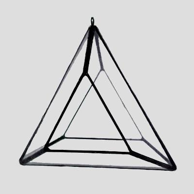 Glass Triangle Air Plant Hanger // ONH Item 7065