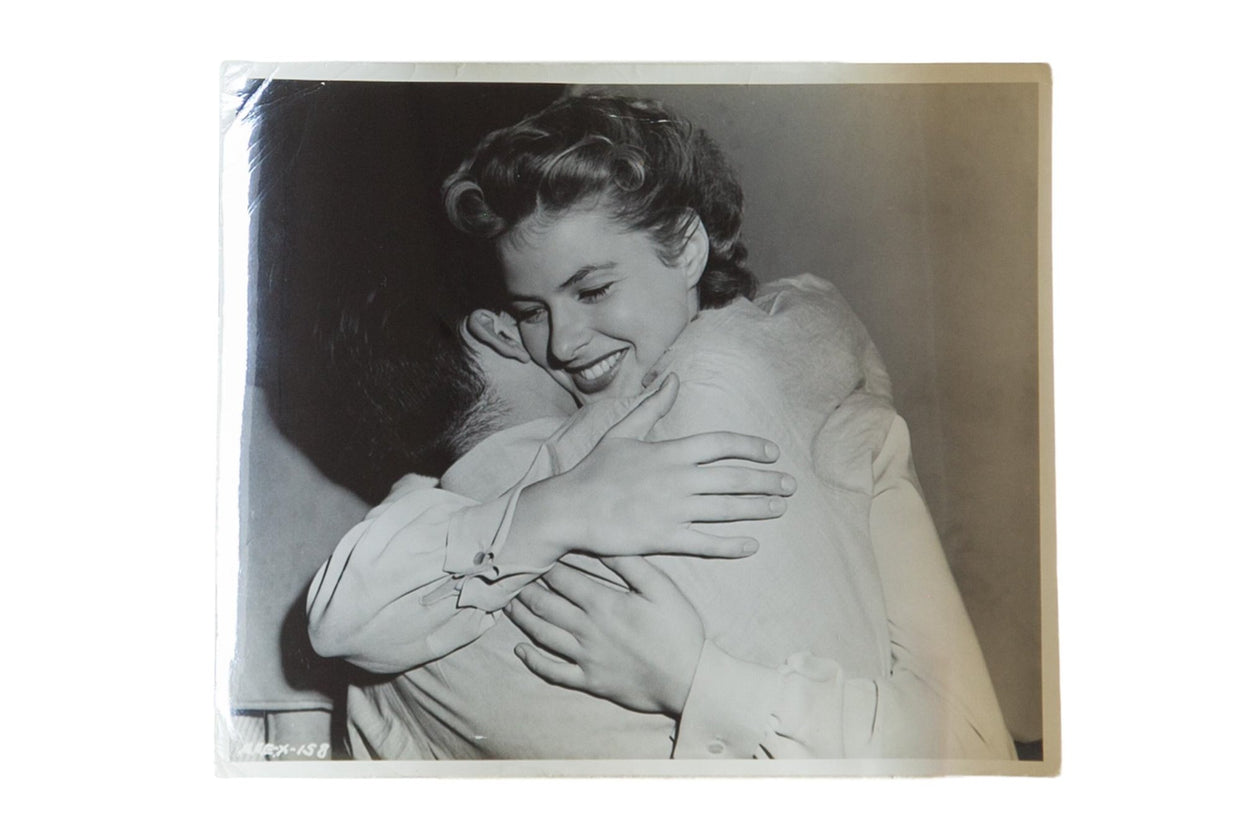 Ingrid Bergman and Gregory Peck Vintage 1945 Candid Photograph // ONH Item 7702