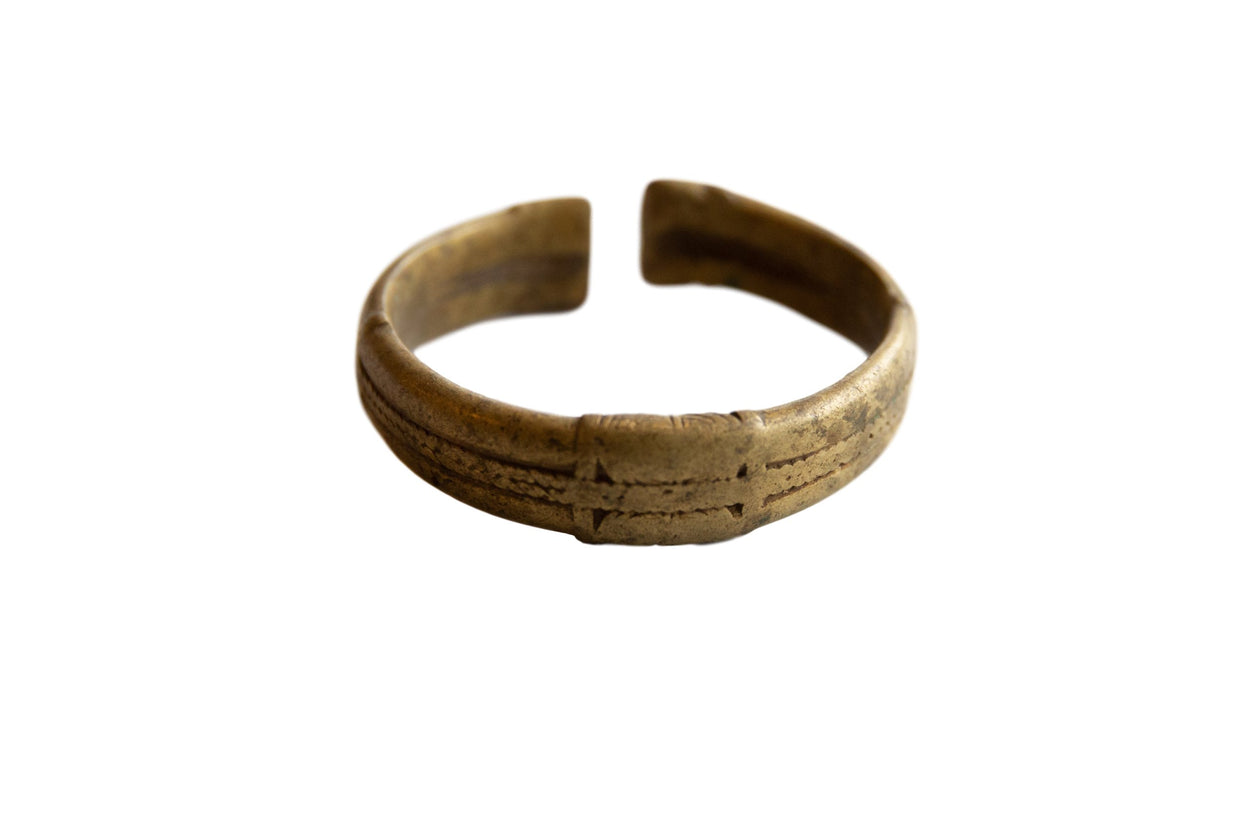 Vintage African Bronze Stripe Design Cuff Bracelet with Golden Patina // ONH Item ab01019