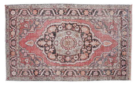 5.5x9 Vintage Oushak Carpet - Old New House