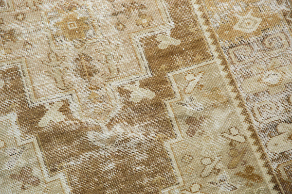 Distressed Oushak Rug Runner / Item ee001411 image 12