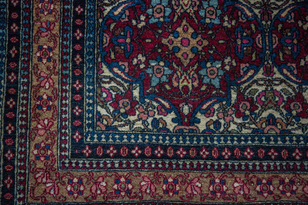 3x5 Antique Isfahan Rug - Old New House