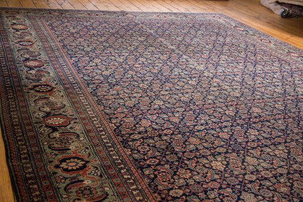 Distressed Tabriz Carpet / Item ee001731 image 2