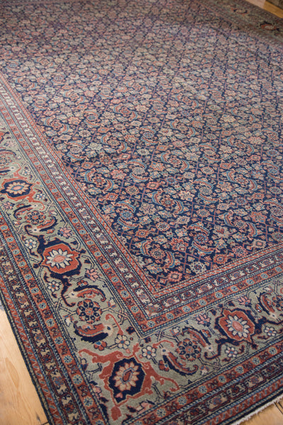 Distressed Tabriz Carpet / Item ee001731 image 7