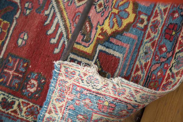Distressed Heriz Rug / Item ee002054 image 6
