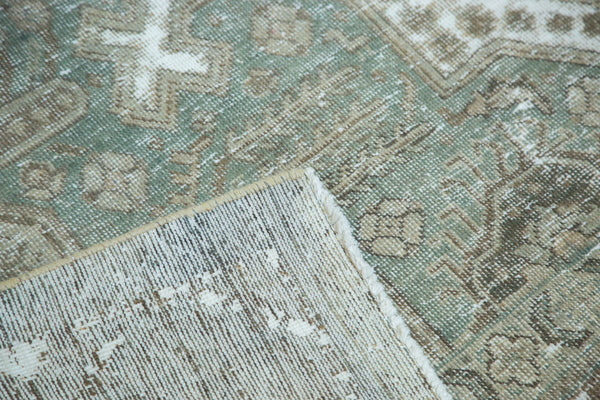 Vintage Distressed Tabriz Carpet / Item ee002387 image 6