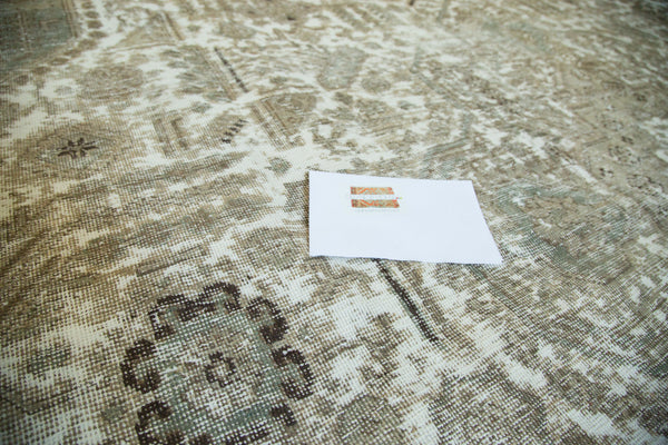 Vintage Distressed Tabriz Carpet / Item ee002387 image 7