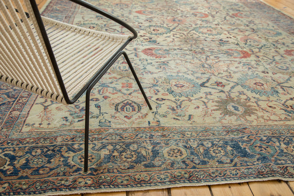 Distressed Antique Mahal Carpet / Item ee002703 image 3