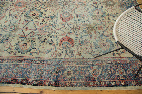 Distressed Antique Mahal Carpet / Item ee002703 image 4