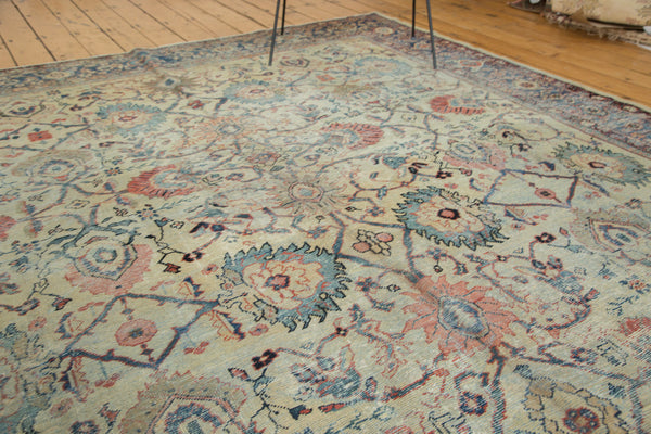Distressed Antique Mahal Carpet / Item ee002703 image 8