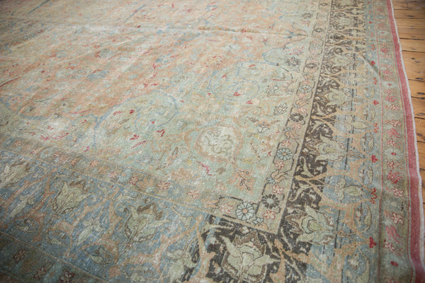 Vintage Distressed Tabriz Carpet / Item ee002713 image 3