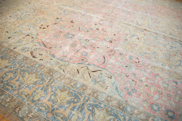Vintage Distressed Tabriz Carpet / Item ee002713 image 9