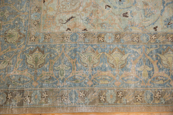 Vintage Distressed Tabriz Carpet / Item ee002713 image 10