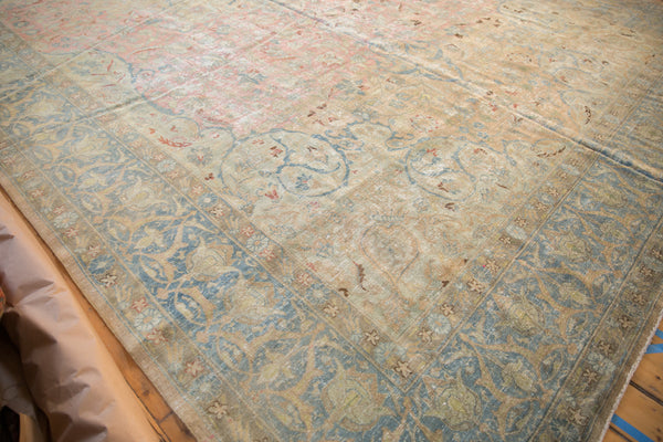 Vintage Distressed Tabriz Carpet / Item ee002713 image 11