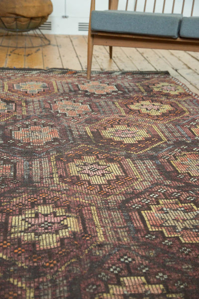 Vintage Distressed Jijim Carpet / Item ee002848 image 4