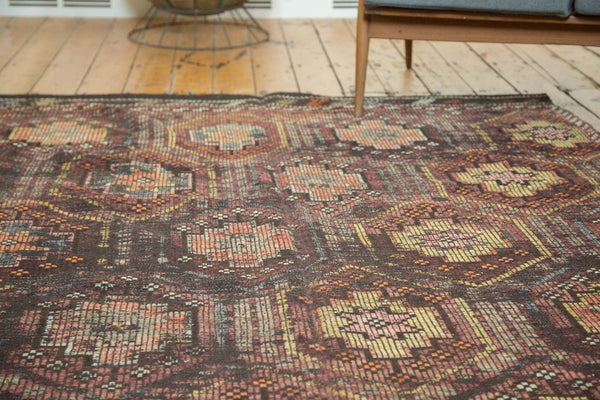 Vintage Distressed Jijim Carpet / Item ee002848 image 6