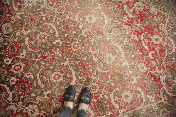 Vintage Distressed Tabriz Carpet / Item ee002972 image 3